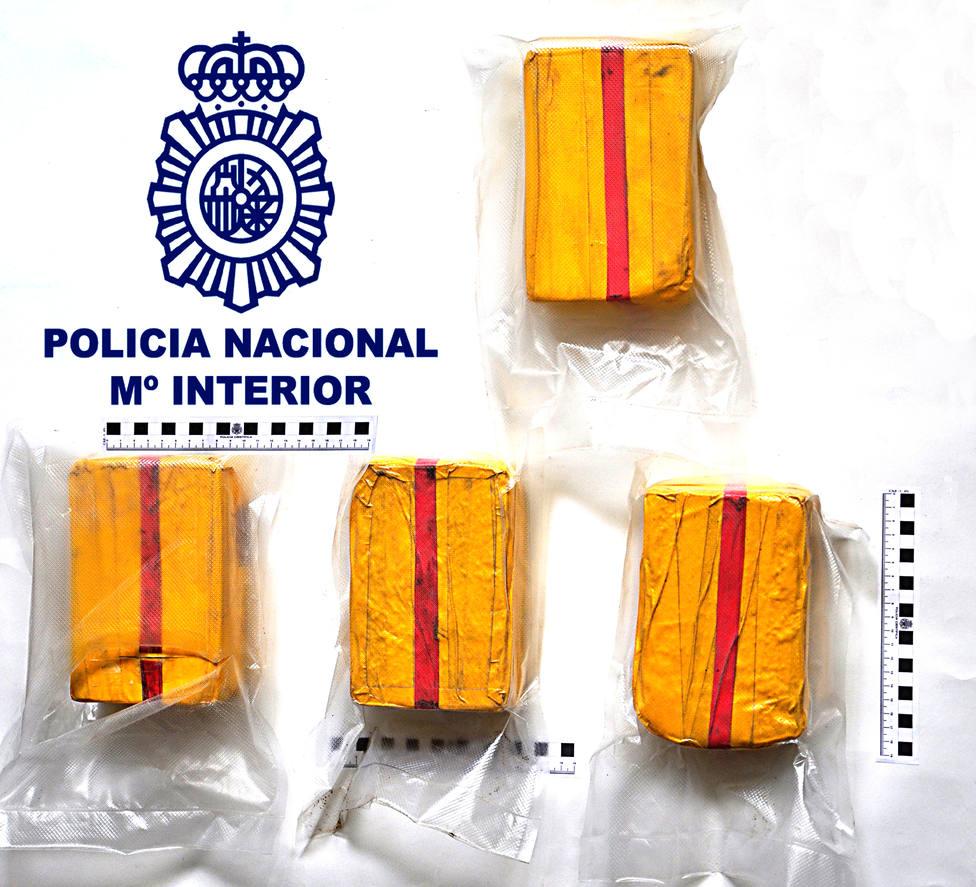 La heroína venía repartida en paquetes de un kilogramo - FOTO: Policía Nacional