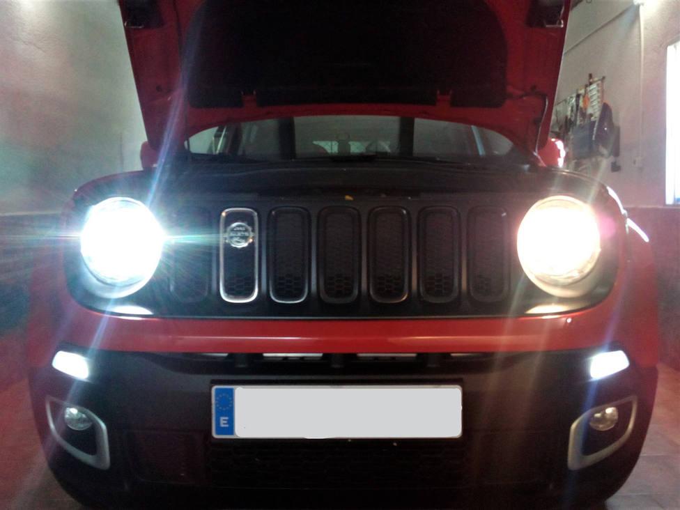 La ITV avisa de que si tienes así las luces de tu coche no pasarás la revisión