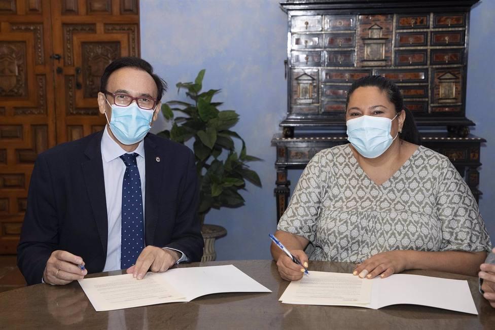 Iprodeco y la UCO renuevan el convenio que permite impulsar la Cátedra Repobla contra la despoblación