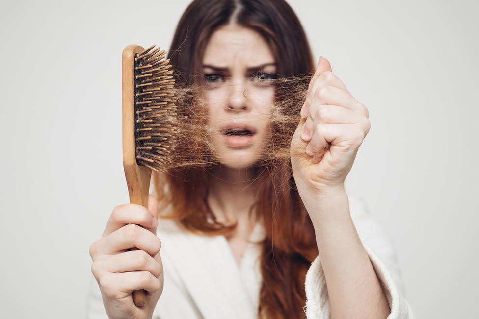 Caída del cabello en otoño: Consejos para combatirla