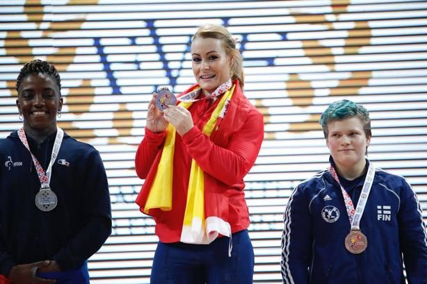 Pedro Sánchez felicita a Lydia Valentín: Eres ejemplo de trabajo y superación