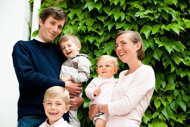 Experta alerta de que las nuevas tecnologías cambian el comportamiento de las familias