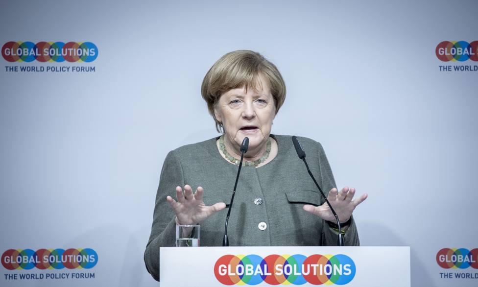 Merkel trabajará hasta el último momento por un Brexit con acuerdo