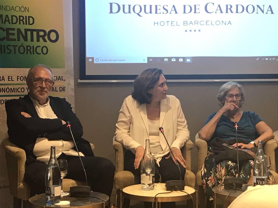 Carmena insta a la sociedad civil a tomar las riendas del diálogo para abordar problemas