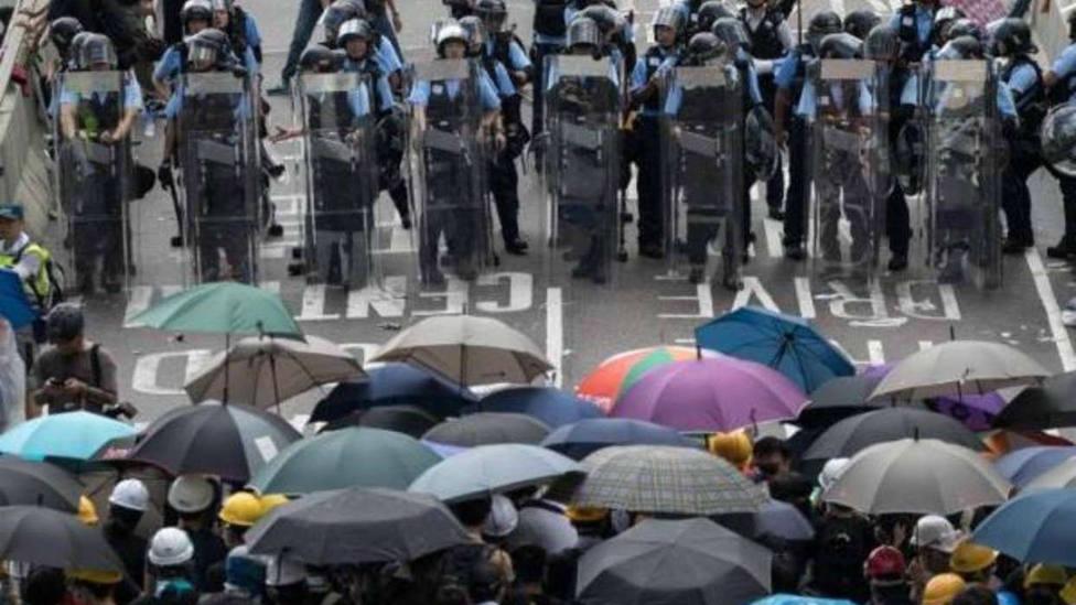 Nueva jornada de disturbios en Hong Kong en las protestas contra la ley de extradición