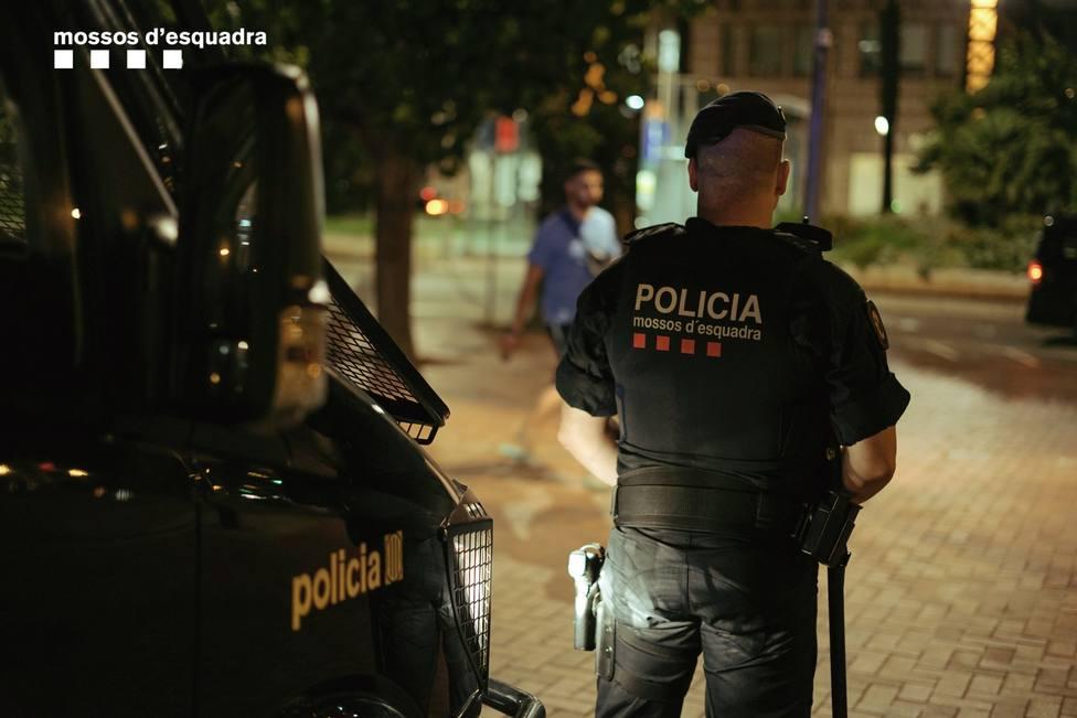 Un hombre muere en el hospital tras una pelea en el centro de Barcelona