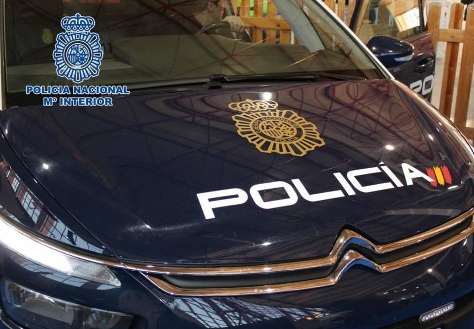 Detenido un joven tras acuchillar en el cuello a un peatón al que no conocía en Valencia