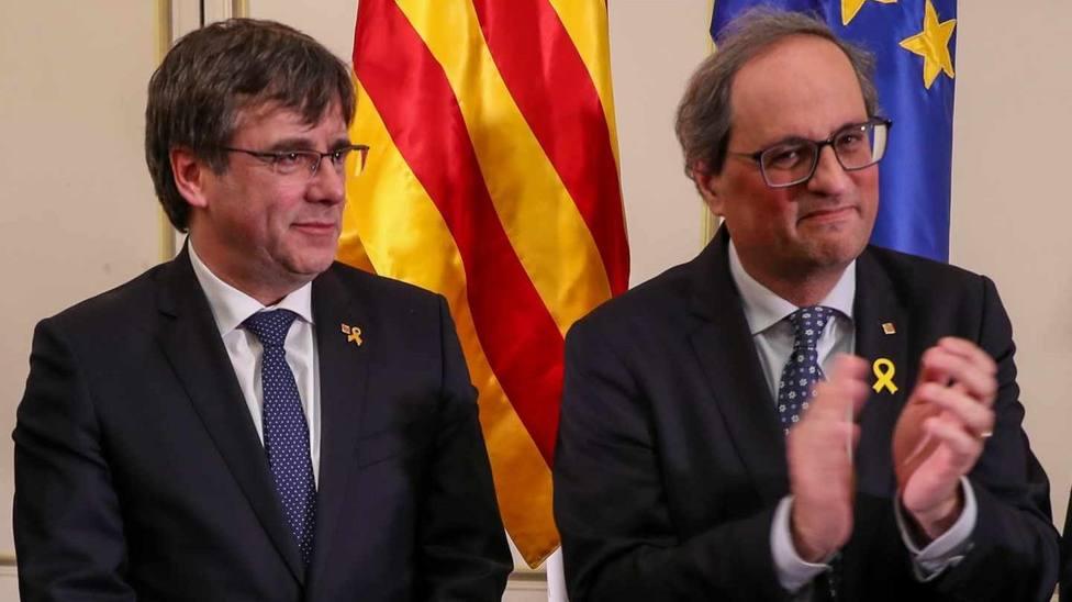Puigdemont arranca la campaña electoral arremetiendo el independentismo práctico de ERC