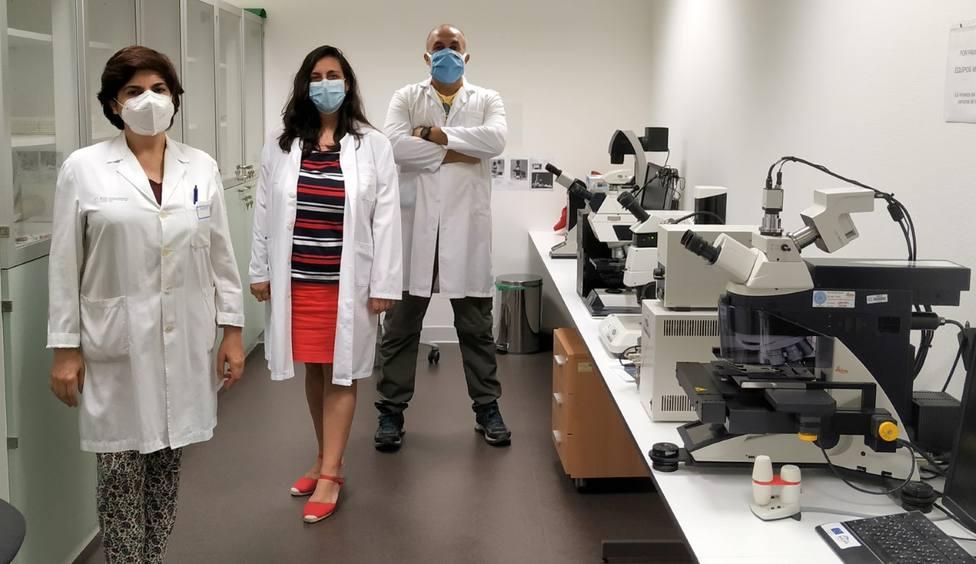 Susana Teijeira, Saida Ortolano y Roberto Agís-Balboa, tres de los investigadores.