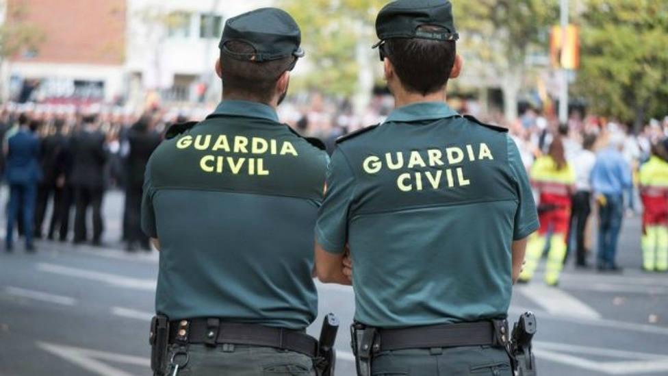 Detenidos varios mandos por presuntos amaños en los uniformes de la Guardia Civil