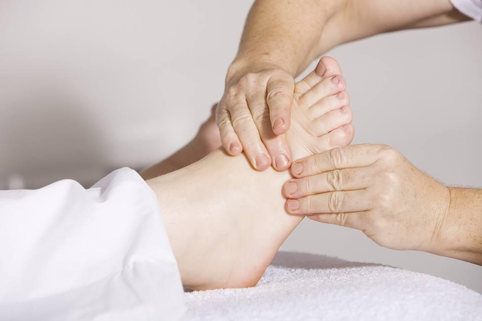 Los consejos que necesitas para aliviar tus piernas ante el calor