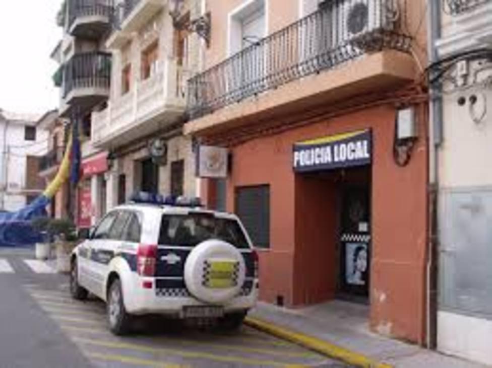 Prisión para una joven de 19 años y su novio detenidos por la muerte de la madre de ella en Valencia