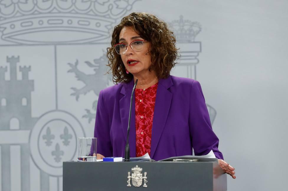 Montero acusa a Madrid de no informar a Sanidad de los test rápidos de covid-19 que están realizando