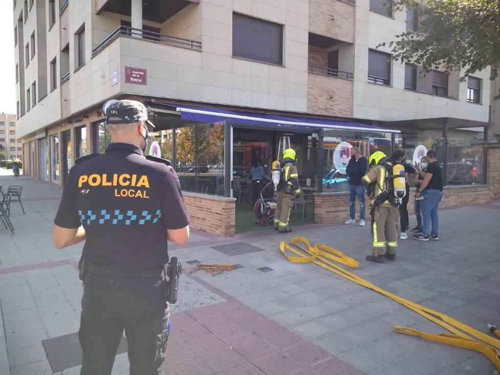 Una freidora eléctrica provoca un incendio en un bar en Logroño