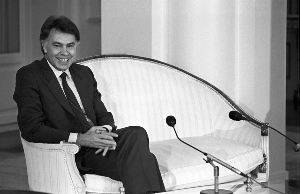 El día que murió la independencia judicial en España: Felipe González y la ley de 1985