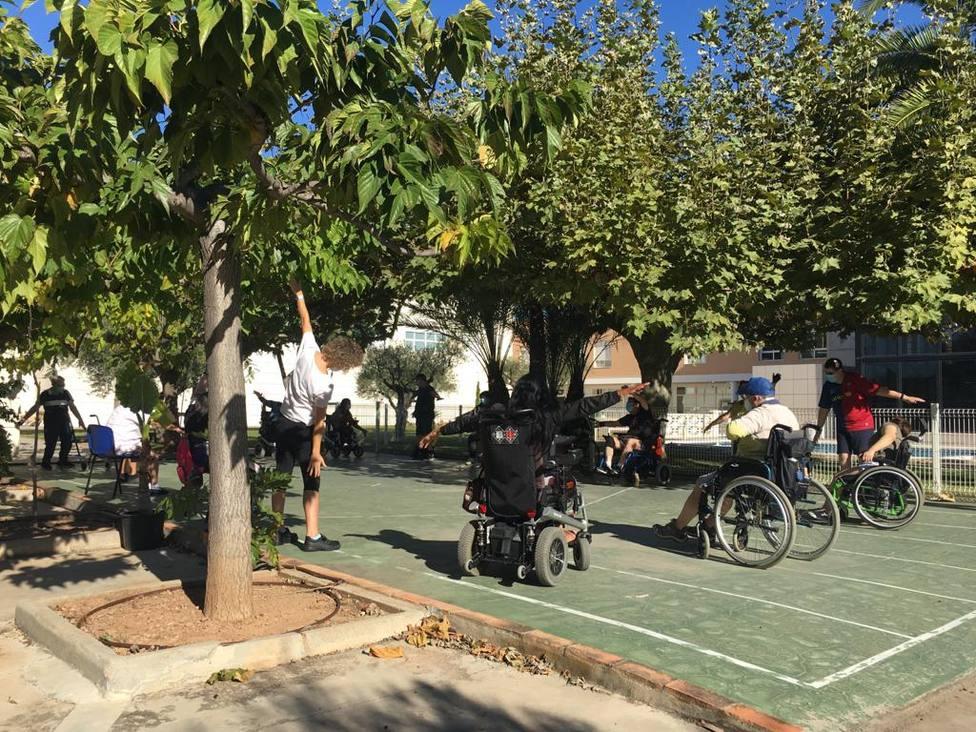 Usuarios de Frater Castellón continúan con sus actividades