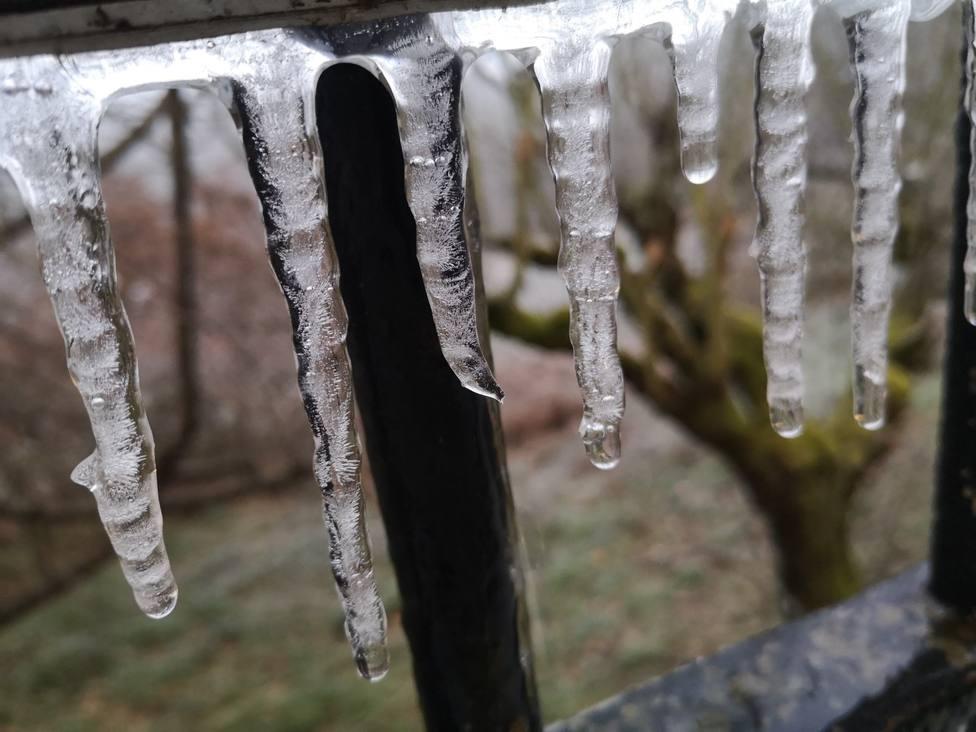Continúan las temperaturas gélidas en Lugo y el termómetro baja a -7 grados en Sarria