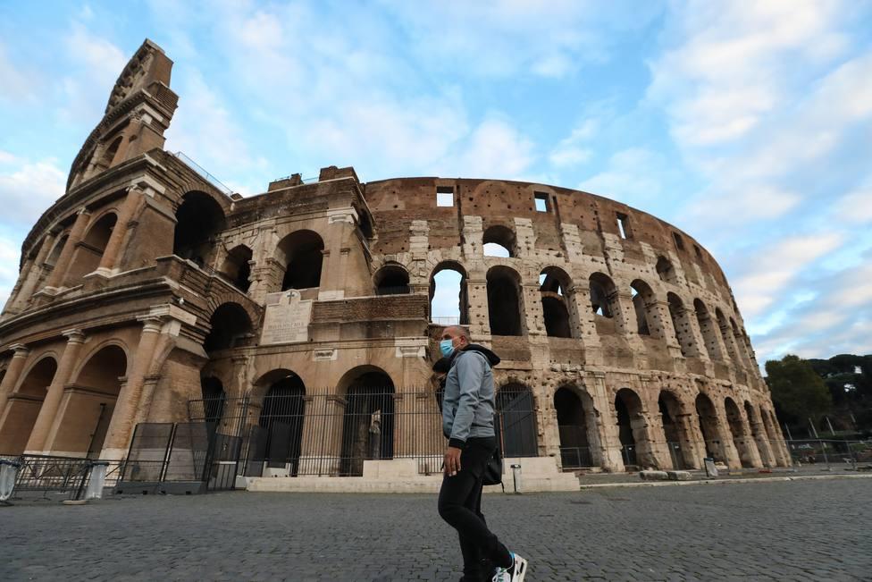 Italia registra 10.404 nuevos contagios y 373 muertes desde ayer