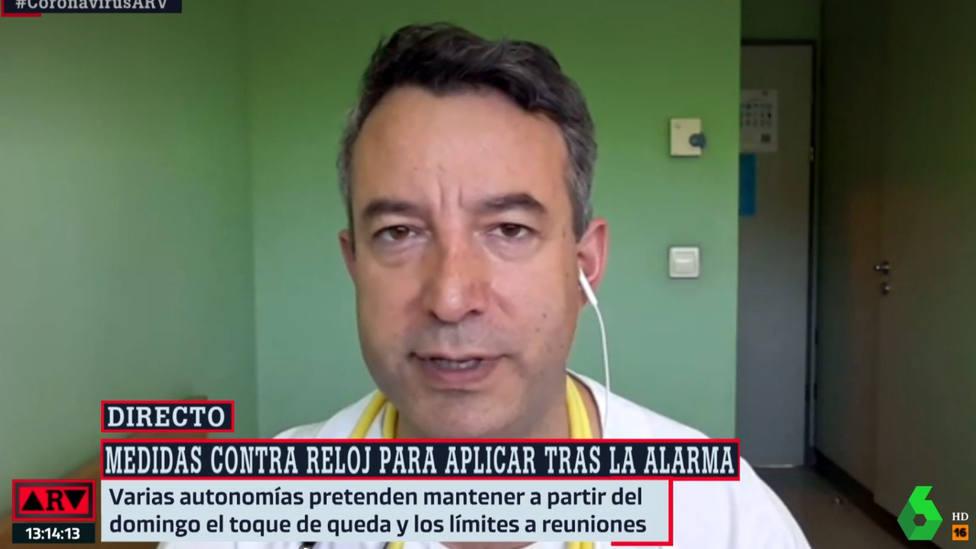 El doctor Carballo se sale del guion y elogia a este político por su gestión de la pandemia: Chapó