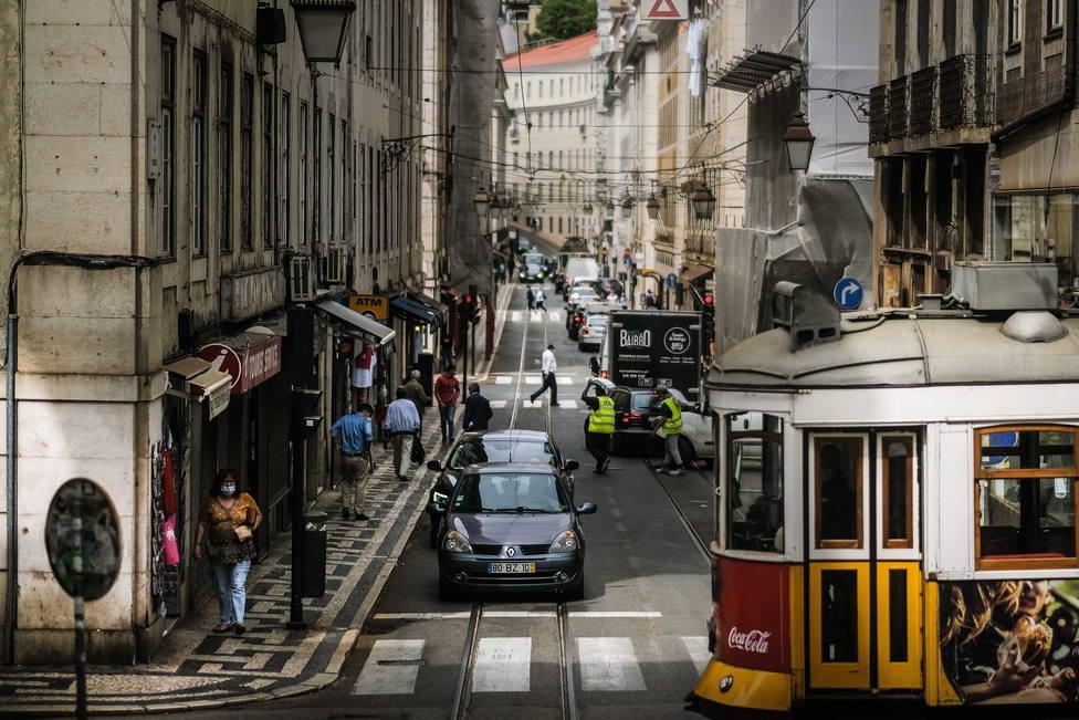 La incidencia y los ingresos continúan al alza en Portugal: bajan los contagios