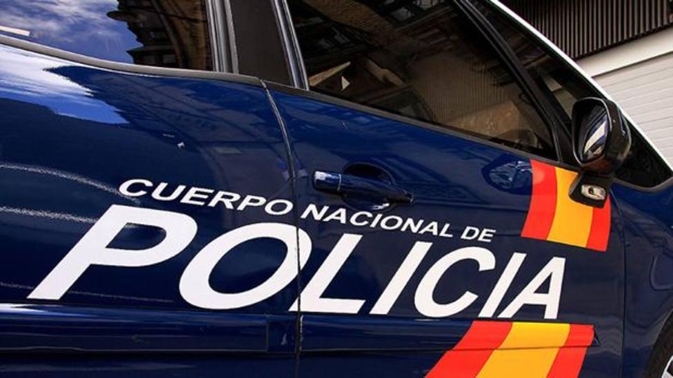 Mueren dos personas al invadir un coche la terraza de un bar en Torre Pacheco, Murcia