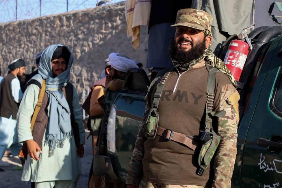 La embajadora de España en Qatar mantiene contactos con un ministro del régimen talibán en Afganistán