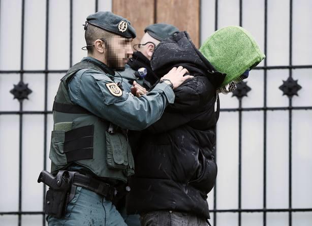 Finaliza el registro en la vivienda del detenido por yihadismo en Navarra