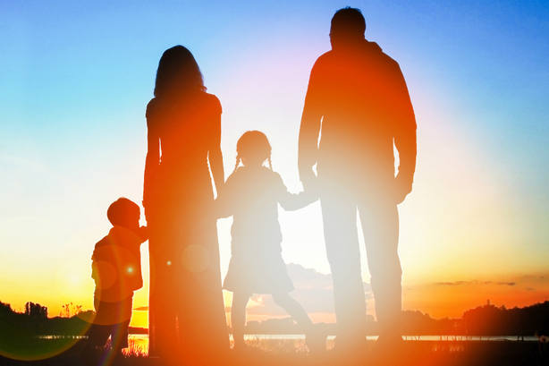 32 buenos ejemplos de cómo se apoya a la familia en Europa