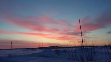 Amanece en Siberia, con el termómetro marcando bajo cero