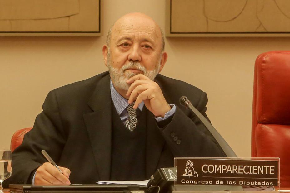 Tezanos compara el acto de Colón con un motín y dice que el relator es normal en procesos de resolución de conflictos