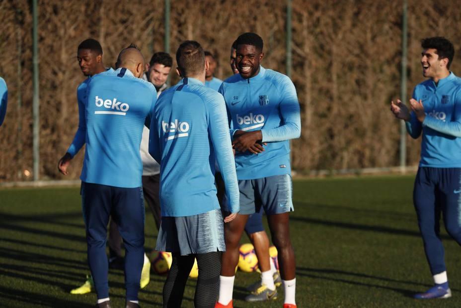 El Barcelona regresa a los entrenamiento con la novedad de Umtiti (@FCBarcelona)