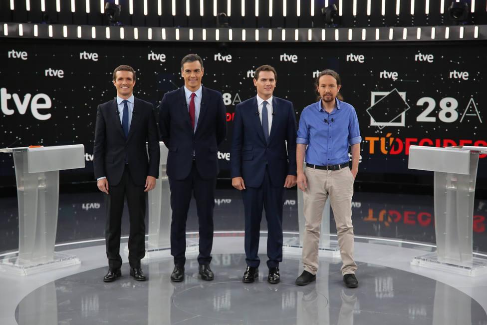 Debate.- Sánchez recalca a PP y Cs que no puede haber negación preventiva del indulto a los presos del 1-O