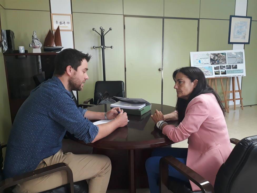 O alcalde de Foz, Fran Cajoto, e a subdelegada do Goberno, Isabel Rodríguez