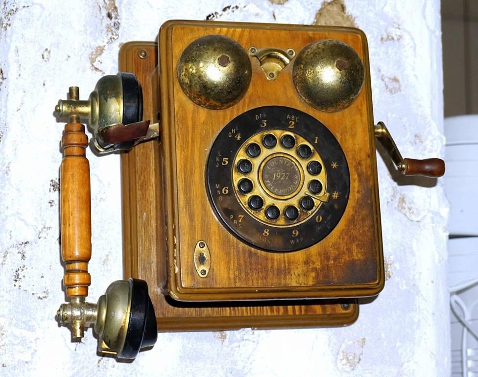 La primera línea telefónica entre ciudades