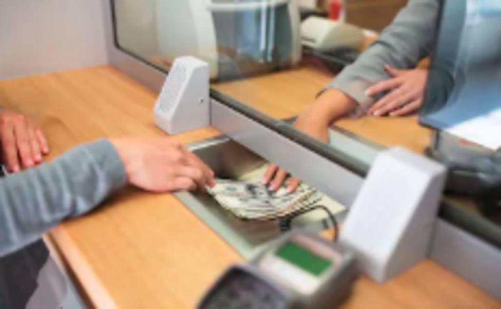 Los bancos flexibilizan el cobro de pensiones por la crisis del coronavirus
