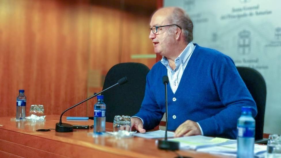 Foto Luís Venta en la Junta General del Principado