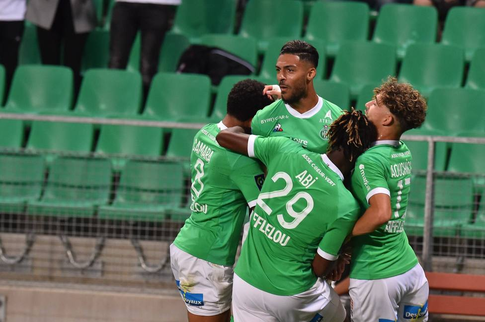 (saint etienne) vs (strasbourg) FOOTBALL : AS Saint Etienne vs RC Strasbourg - Ligue 1 Uber Eats - 12/09/2020 FredericC