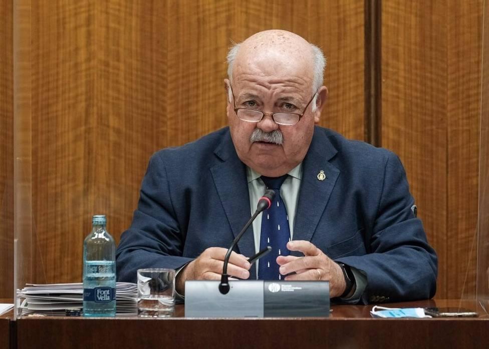 """El consejero de salud andaluz, a Fernando Simón: """"No me cuente historias"""""""
