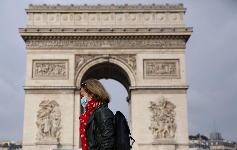 La Policía francesa reabre el Arco del Triunfo tras una falsa alarma de bomba
