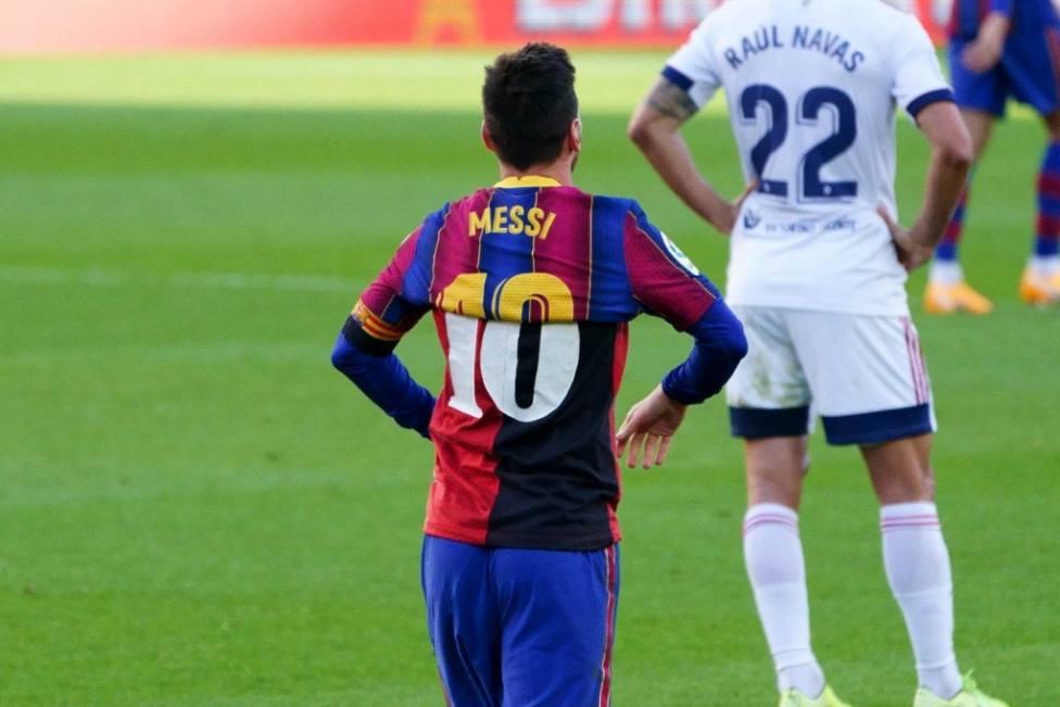 El Barça presenta un escrito ante Competición por la tarjeta mostrada a Messi en el homenaje a Maradona