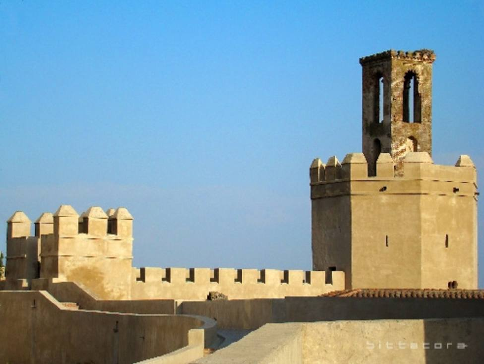 Una campaña reúne fondos para hacer una réplica de la campana de la Torre de Espantaperros