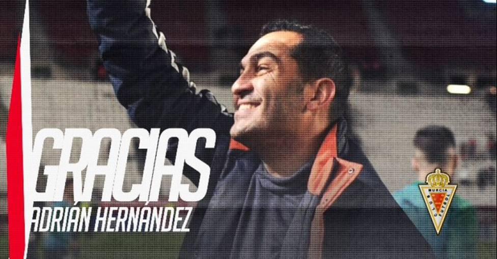 Adrián Hernández deja de ser entrenador del Real Murcia
