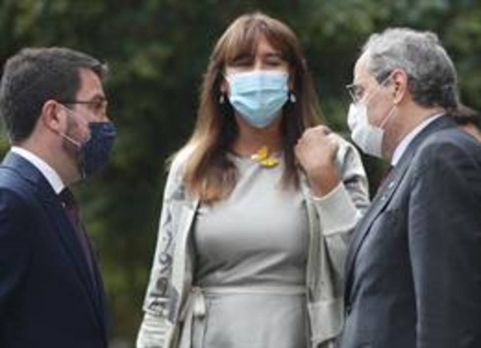 El vicepresdiente de la Generalitat, Pere Aragonès; la portavoz de Junts per Catalunya en el Congreso