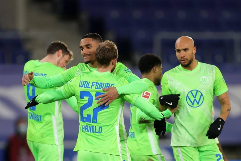 El Wolfsburgo no da opción al Bielefeld y se aúpa a la tercera plaza