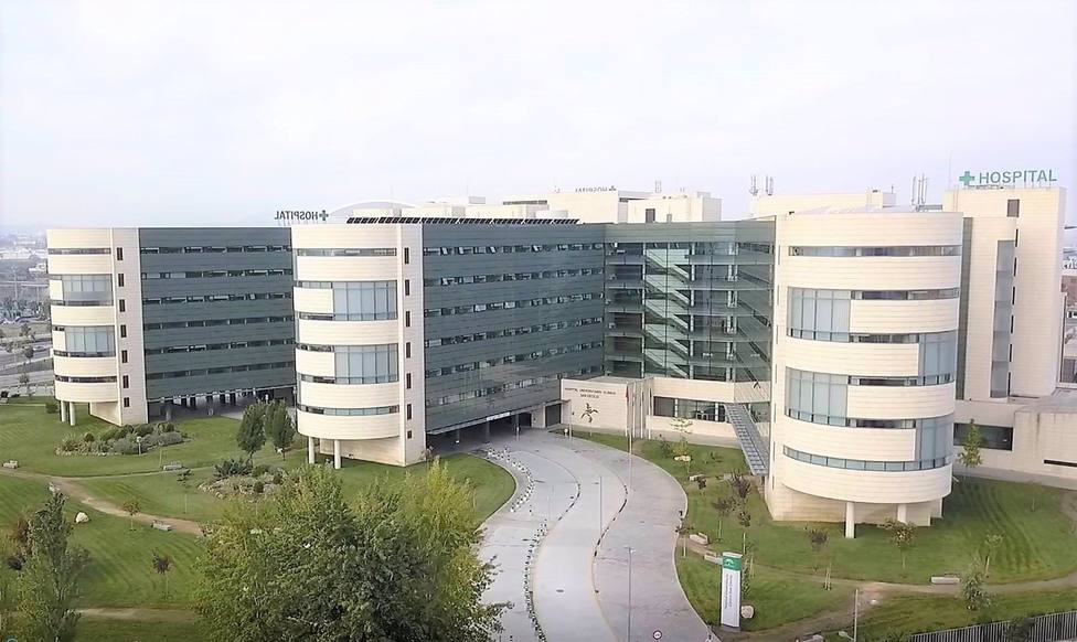 CORONAVIRUS | Andalucía vuelve a superar los 300 pacientes en UCI, aunque baja 41 hospitalizados hasta 1.457