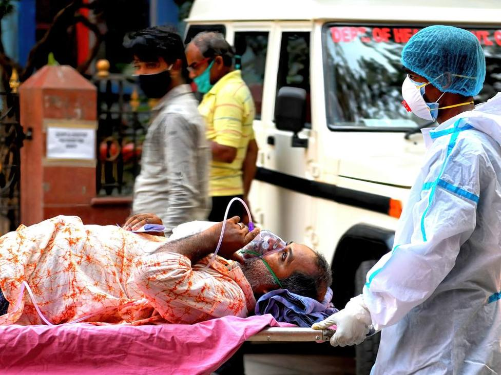La OMS advierte de que lo que está ocurriendo en la India y en Brasil podría ocurrir en otros lugares