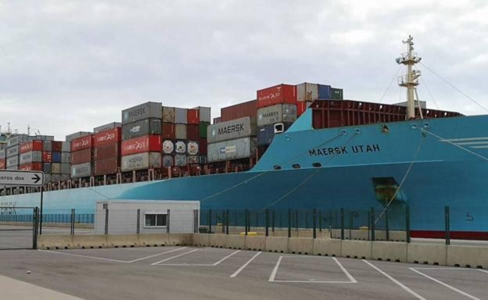 ctv-ogz-uno-de-los-buques-confinados