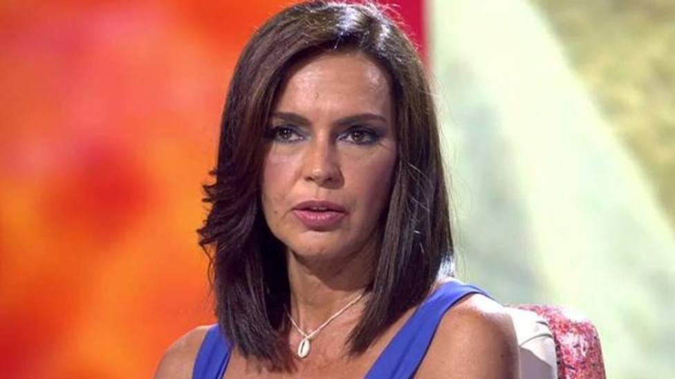 Telecinco toma una drástica decisión que afecta a Olga Moreno: mazazo para Rocío Carrasco