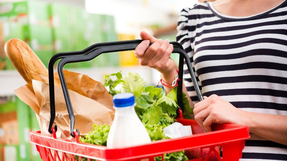 El otro incremento además del precio de la luz: aceite, fruta o huevos más caros