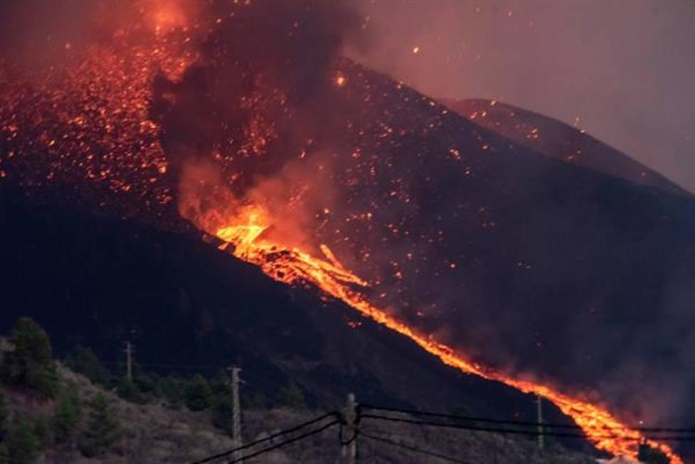 Se abre un nuevo foco de emisión en el volcán de La Palma